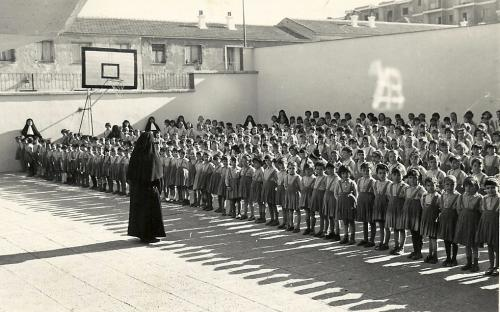 Patio de Palomeras (actual patio de Infantil) (1964)